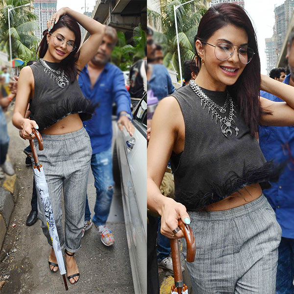 Jacqueline-Fernandez-shows-why-glamour-never-takes-a-day-off-in-her-fabulous-life-1-2